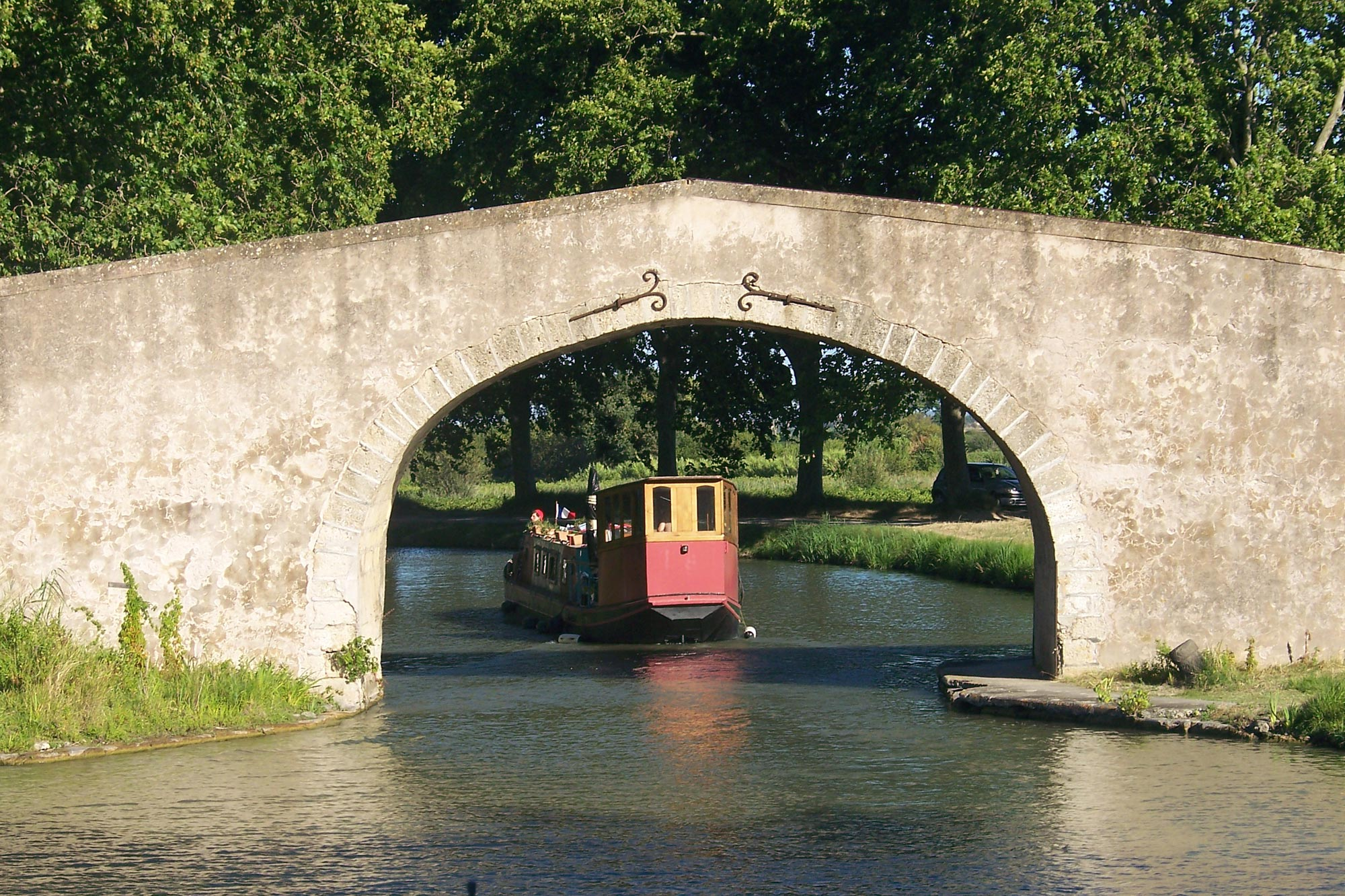 Boot huren canal du midi bboat for Architecte canal du midi